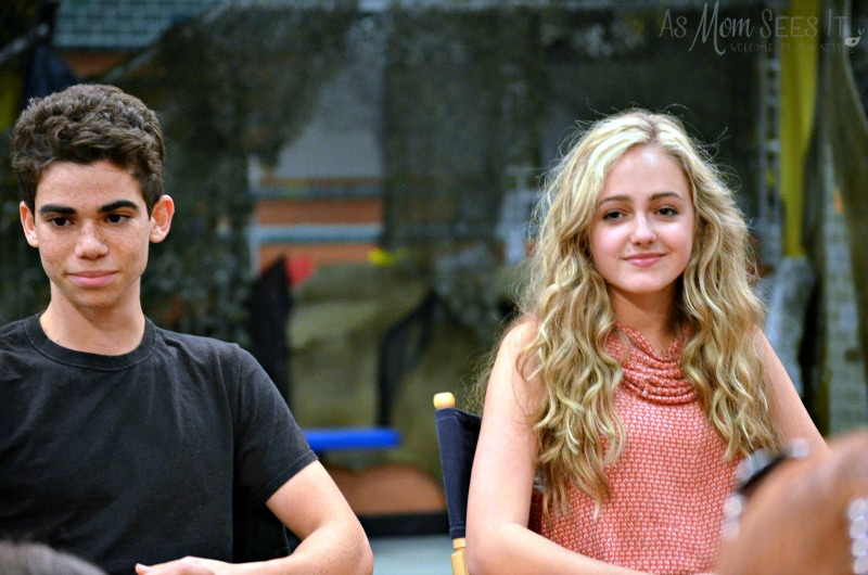 Gamer's Guide Cameron Boyce and Sophie Reynolds