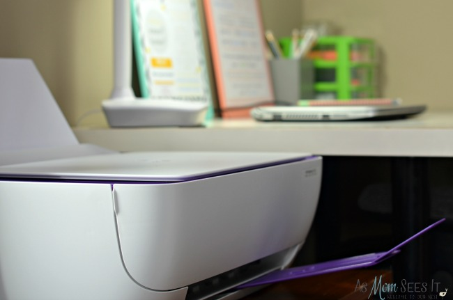 HP Deskjet 3636 space saving design and easy to use features