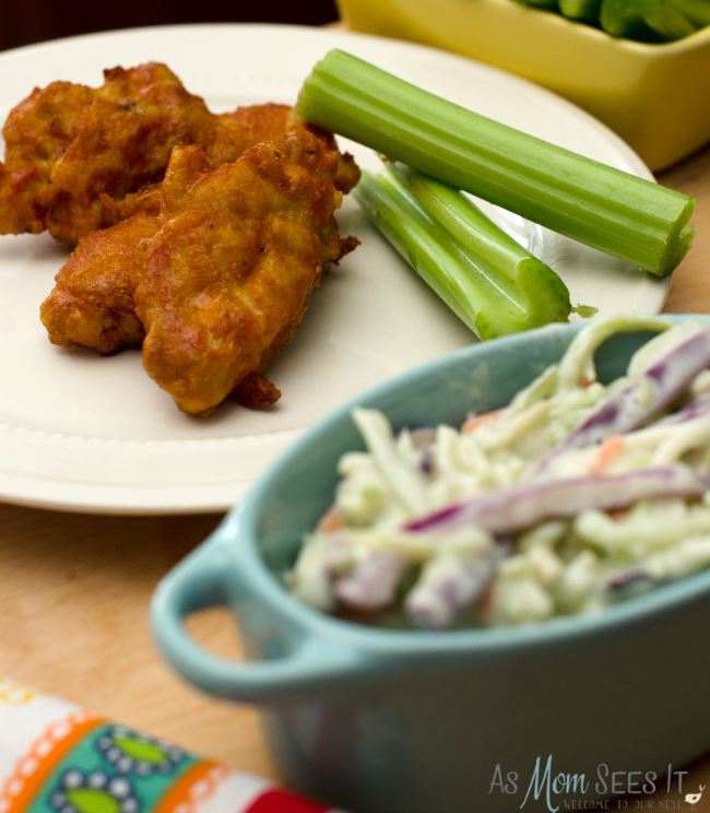 What's you game day go-to snack? We love Foster Farms Buffalo Chicken Wings
