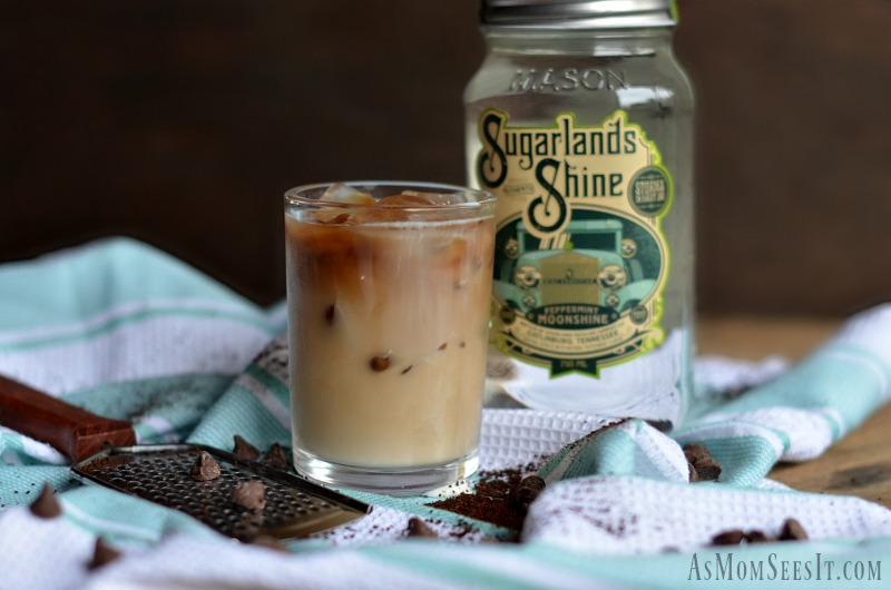 Sugarlands Shine Peppermint is the ultimate cool down moonshine for a perfect summer cocktail