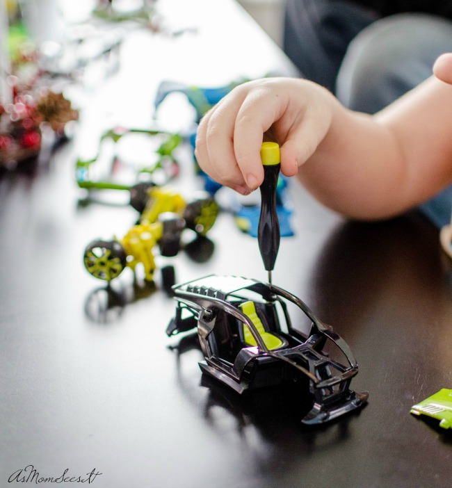 Building cars together with Modarri