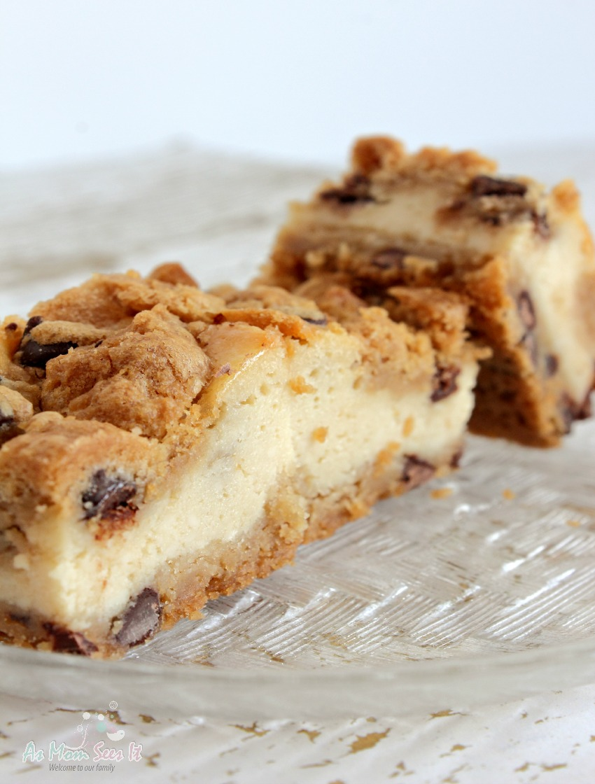 Bring these Chocolate Chip Cheesecake Squares to any party and you'll be a hit!